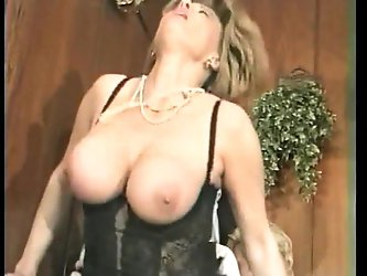 Busty mature can't get enough - german...